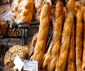 Comment faire de belles baguettes de pains tout juste sorties du four